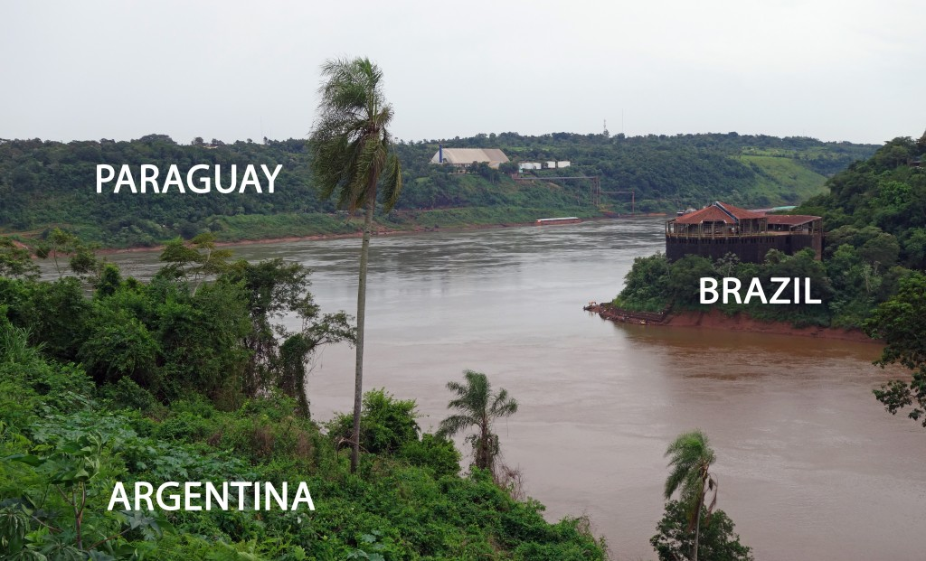 The Rio Iguaçu running into the Paraná River, the border area between Argentina, Brazil and Paraguay.